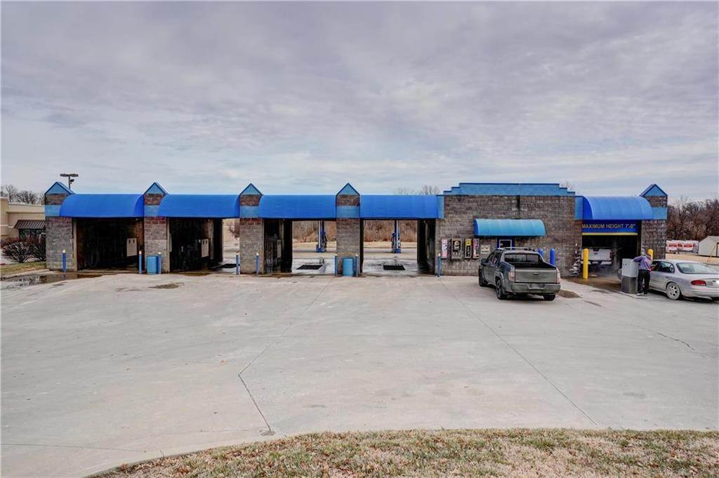 Business Opportunity for Sale at 601 Broadway Street Oak Grove, Missouri 64075 United States