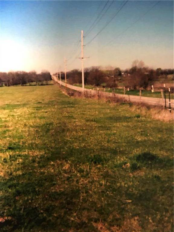 Farm for Sale at 307 St N hwy Highway Garden City, Missouri 64747 United States