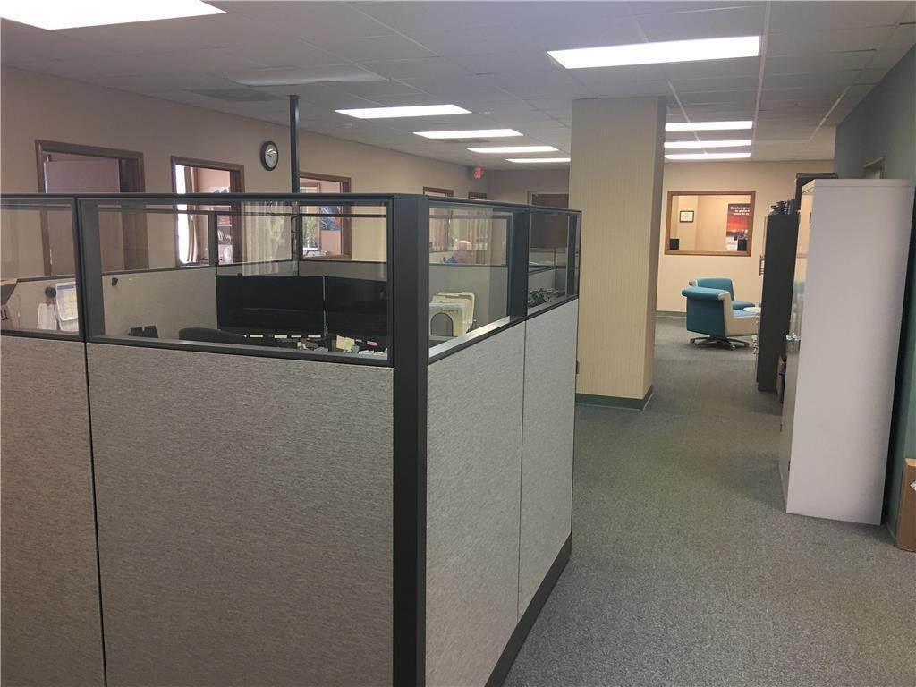 Commercial for Sale at 6220 Blue Ridge Cutoff N/A Raytown, Missouri 64133 United States