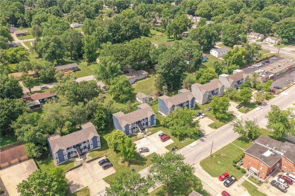 Residential Income for Sale at 10117 E 67th Street Raytown, Missouri 64133 United States
