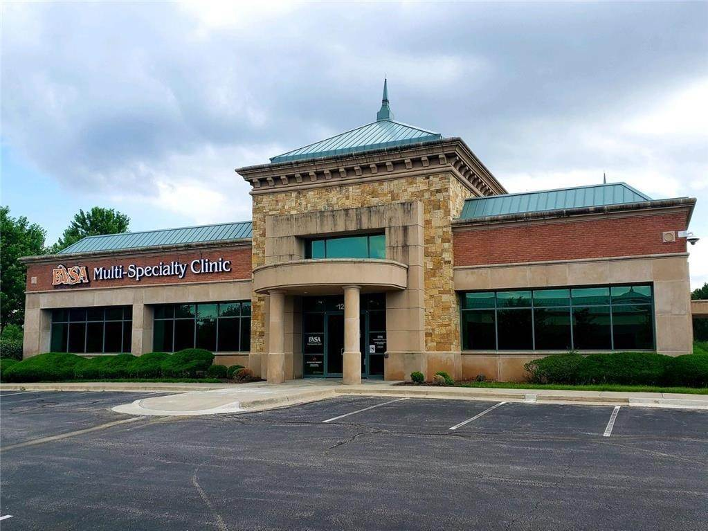 Commercial for Sale at 12870 Metcalf Avenue Overland Park, Kansas 66213 United States