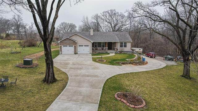 Single Family Homes for Sale at 30100 Heidelberger Road Buckner, Missouri 64016 United States