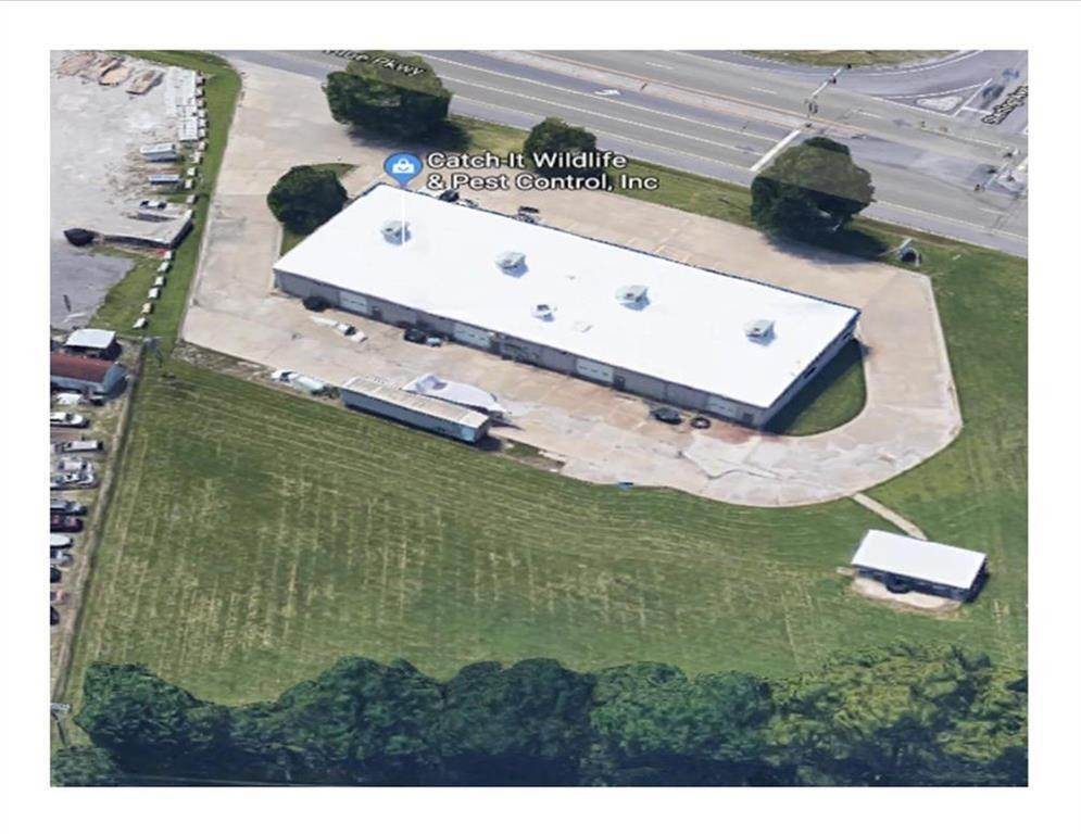 Commercial for Sale at 11230 M 350 Highway Raytown, Missouri 64138 United States