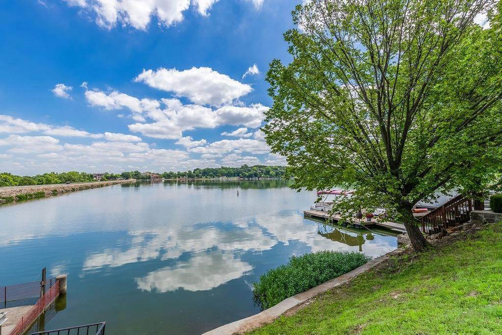 Single Family Homes for Sale at 101 Terrace Trail West Street Lake Quivira, Kansas 66217 United States