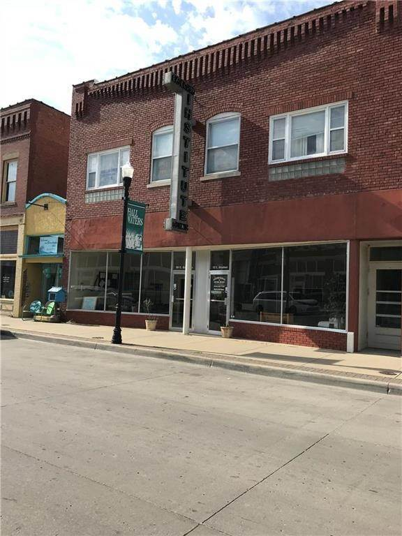 Commercial for Sale at 110 Broadway Avenue Excelsior Springs, Missouri 64024 United States