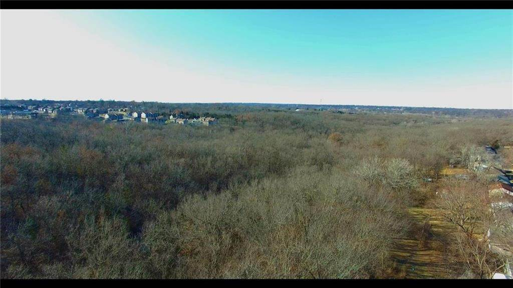 Land for Sale at 10806 Grandview Road Kansas City, Missouri 64137 United States
