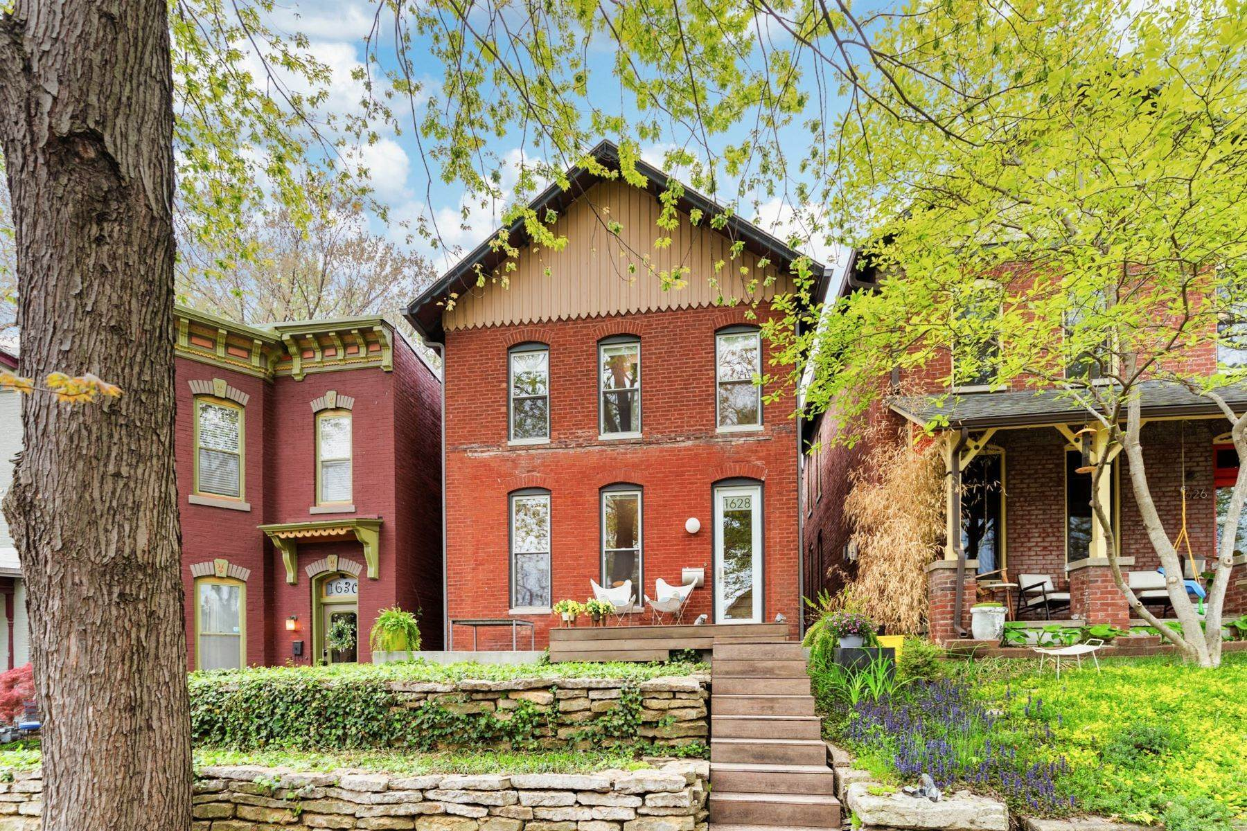 Single Family Homes for Sale at Westside Historic Charmer 1628 Jefferson Street Kansas City, Missouri 64108 United States
